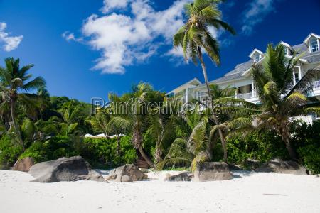 casa costruzione riva del mare spiaggia