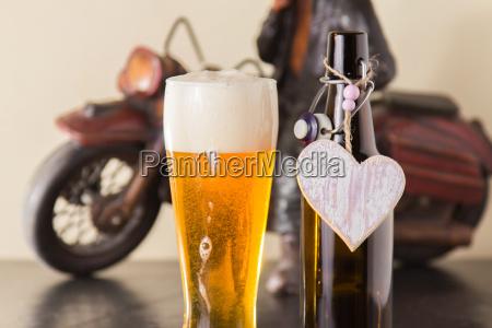 taverna bar orso alcool birra bottiglia