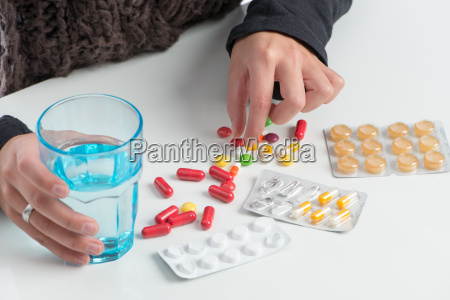 farmaci medicina schmerzmittel pillenpackung tablettenpackung grippetablette