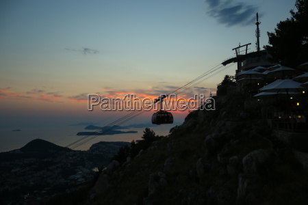 ristorante storico collina tramonto turismo nuvola